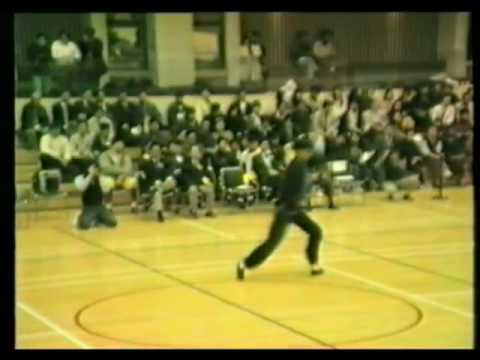 Lily Lau Eagle Claw Kung Fu - Hong Kong University 1990 - 劉莉莉國際鷹爪國術總會