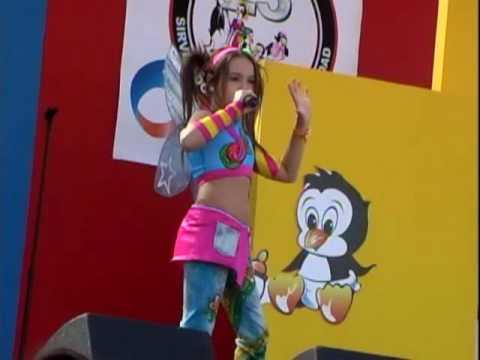 Danna Paola - Chica Yeye