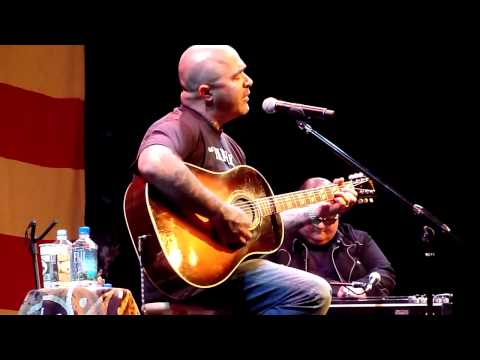 Aaron Lewis - So Far Away HD Live in Lake Tahoe 8/06/2011