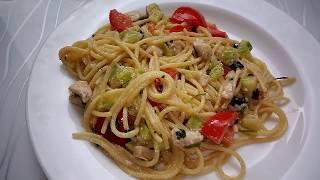 Очень вкусные, быстрые и ароматные макароны с курицей и овощами!