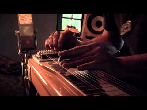 DANIEL LANOIS & ROCCO DELUCA - The Resonant Frequency of Love