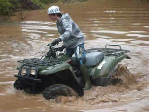four wheeler in pond youtube