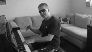 Video Rock n Roll Piano Right Hand Riff: MADE INTERESTING! download MP3, 3GP, MP4, WEBM, AVI, FLV Mei 2018