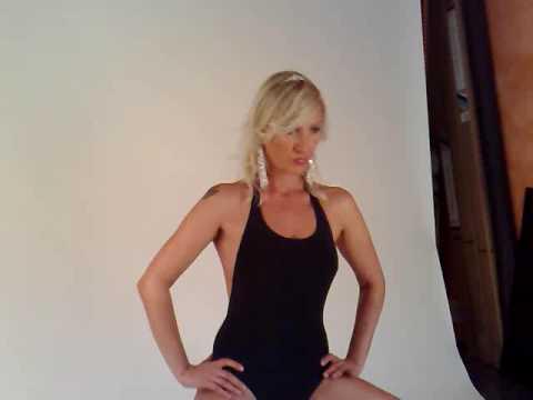 Michelle Blanch Nude Photos 22