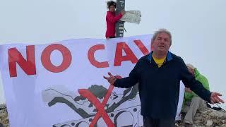 Bandiere Apuane al Vento. Sul monte Altissimo con Saverio Zeni