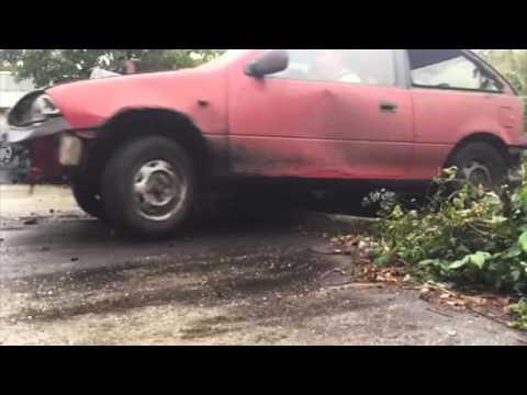 """Suzuki Swift vs Fiat Uno """"drift"""""""