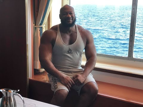 Happy Thanksgiving! I went on A cruise to the Bahamas for the Holiday!!!