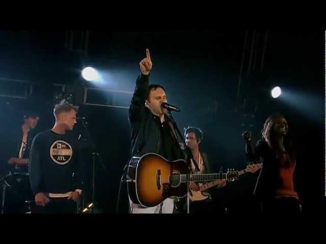 matt-redman-you-never-let-go-bigchurchdayout-2012-cornelis-weyers