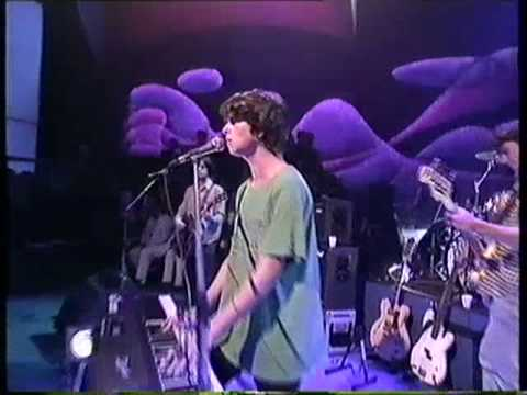 Gorky's Zygotic Mynci - Young Girls & Happy Endings/Patio Song - Later with Jools Holland 1997