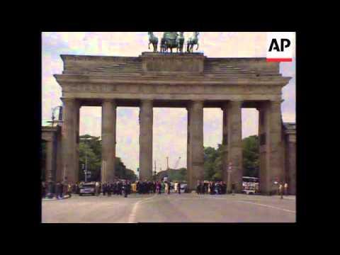 GERMANY: BERLIN: KING JUAN CARLOS & QUEEN SOPHIA OF SPAIN VISIT