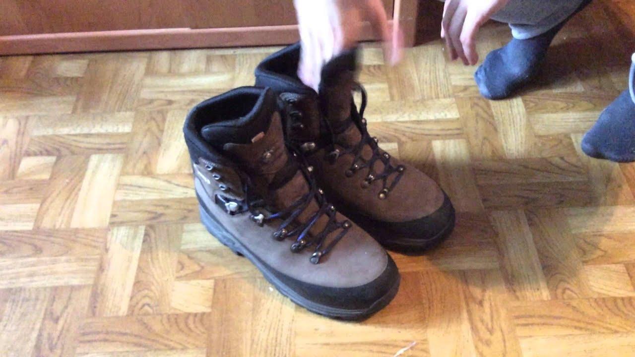 LOWA Men's Tibet Pro GTX Hiking Boot - YouTube