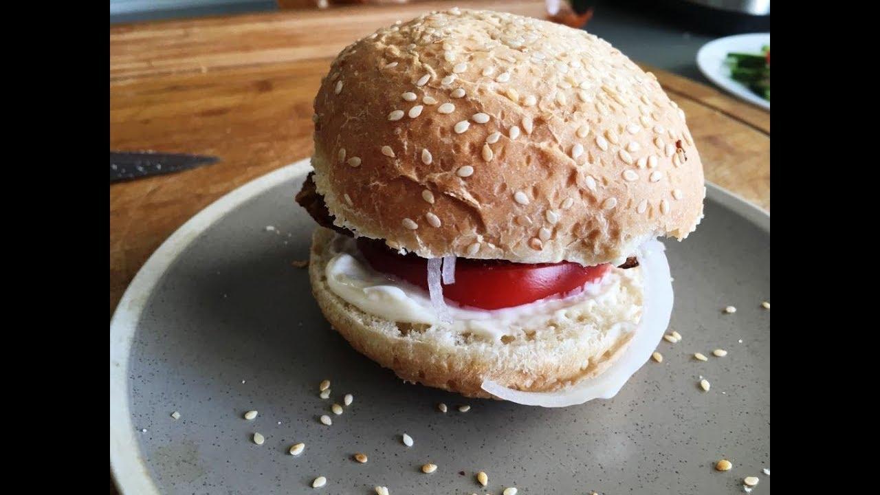 Come cucinare lhamburger con la carne a casa delizioso hamburger