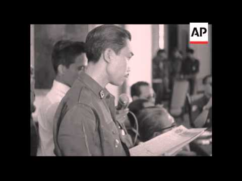CAN817 SUHARTO AND SUKARNO ATTEND COMMAND MEETING AT BOGOR PALACE