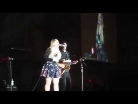 """""""Title"""" Meghan Trainor  performs her ukulele at 2015 Ohio State Fair !"""