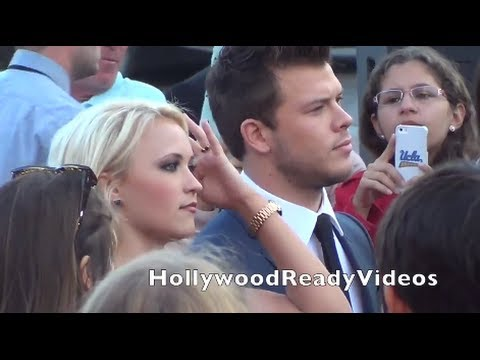 how did emily osment and jimmy tatro meet
