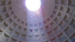 Pantheon Rome - Pentecost Rose Petals