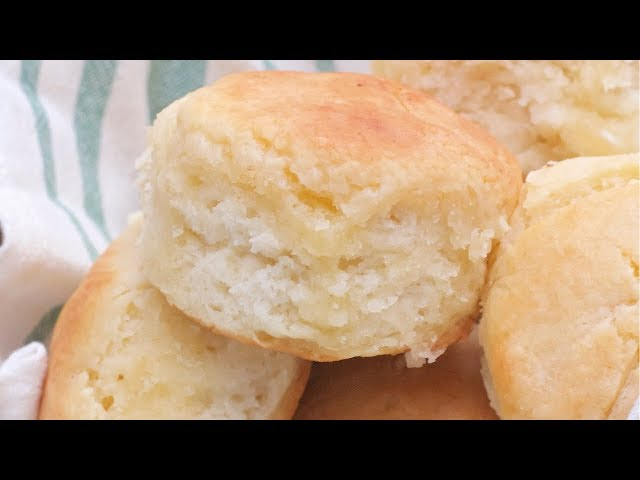 How To Make Grandma Barb's Southern Buttermilk Biscuits