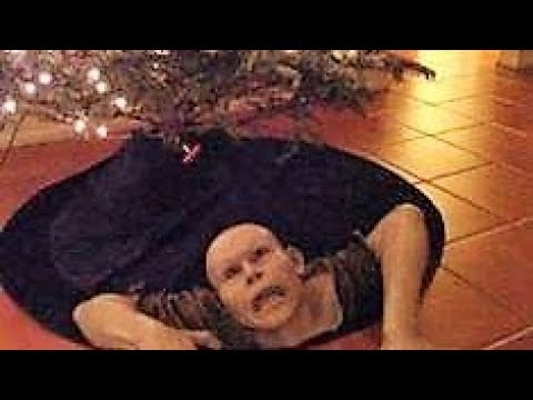 30 CREEPIEST Christmas Photos EVER !