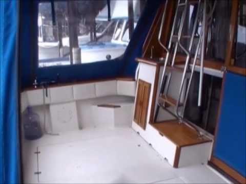 1988 Bayliner 3218 For Sale in BC