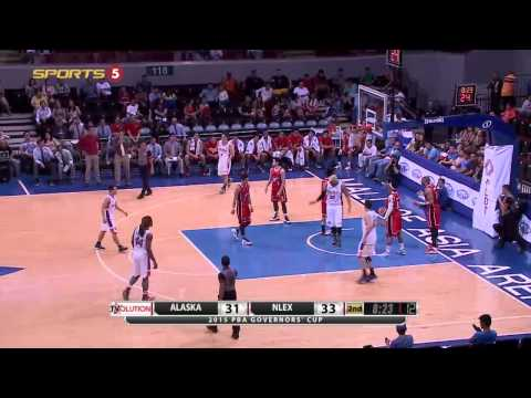Madanly finds Taulava | PBA Governor's Cup 2015
