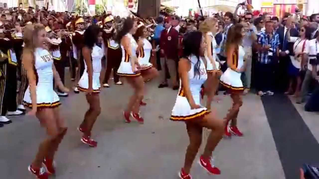 Usc cheerleader expo youtube sciox Image collections