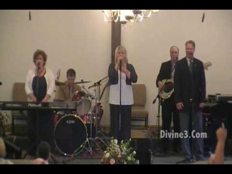 "Divine 3 - ""Oh What A Saviour"" - Southern Gospel Music"
