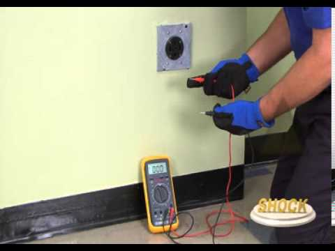 Video: Perform a Voltage Check on a 240 Volt Outlet - YouTube