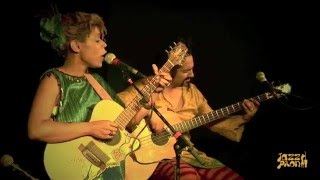 CARMEN SOUZA & THEO PAS'CAL |  SOUS LE CIEL DE PARIS | Sattelit Cafe PARIS (2010)