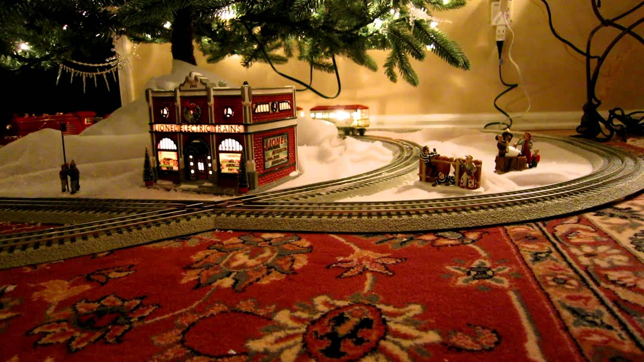 MTH 249E Christmas Train Under the Tree - YouTube