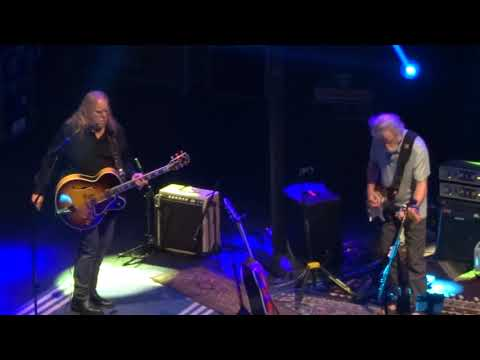 Not Fade Away - Bob Weir And The Wolf Brothers with Warren Haynes November 10, 2018