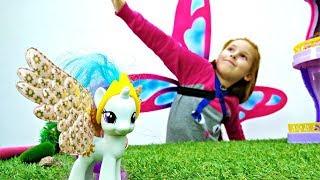 Литл Пони гуляют в лесу. Игрушки для детей