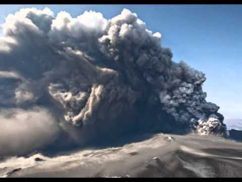 Iceland volcano Eruption under ICE CAP sparks Red Alert - 25 AUG 2014