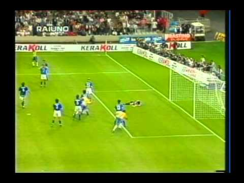 1997 (June 8) Brazil 3-Italy 3 (Le Tournoi).avi