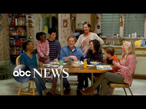 On set with the cast of 'The Conners'