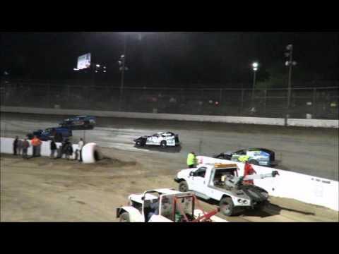 I 55 Raceway 4 23 2016 B Mod Feature Tyson Gegg #28