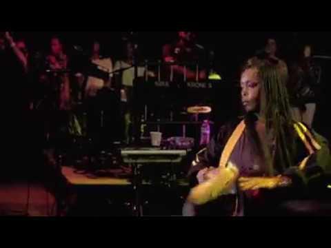 Erykah Badu live 2017