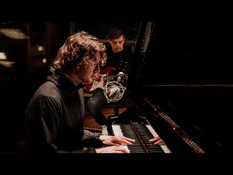 Used To Love (w. Dean Lewis) (Acoustic Version)