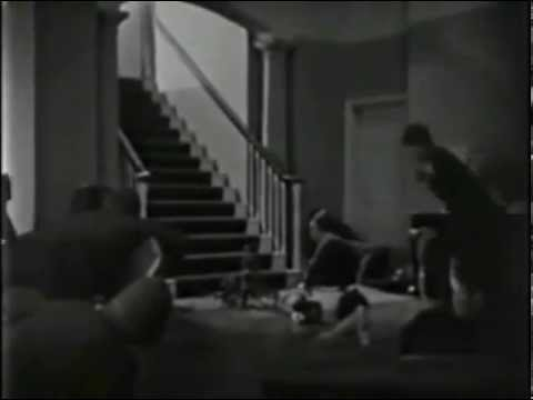 BLUEBOTTLES starring Elsa Lanchester (1928) without distorted piano