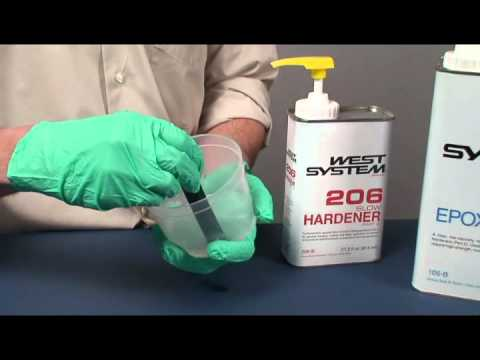 Dispensing and Mixing WEST SYSTEM Epoxy