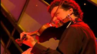 Isla Grant - The fiddle on the wall.wmv