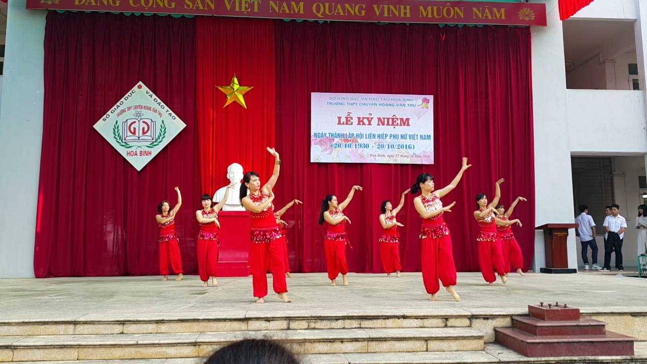 Múa Ấn Độ   Kỉ Niệm Ngày Phụ Nữ Việt Nam 20-10   Trường THPT Chuyên Hoàng Văn Thụ