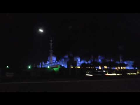 abu dhabi grand mosque night view
