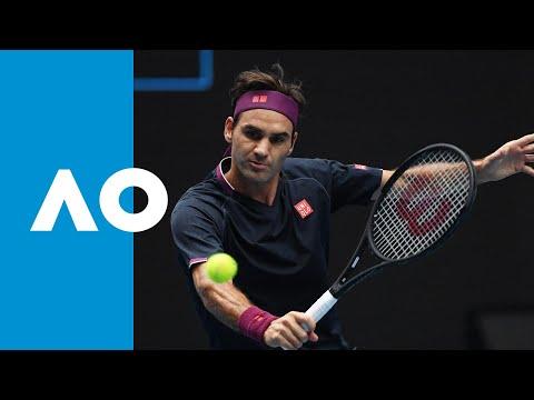 Roger Federer defeats Steve Johnson in style (1R) | Australian Open 2020