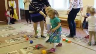 Детская эстафета для самых маленьких Кто же первый