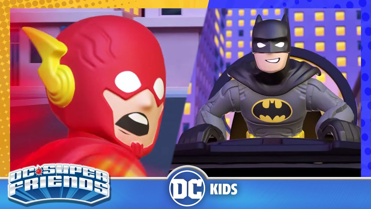 DC Super Friends En Latino | Una carrera contra el crimen | DC Kids