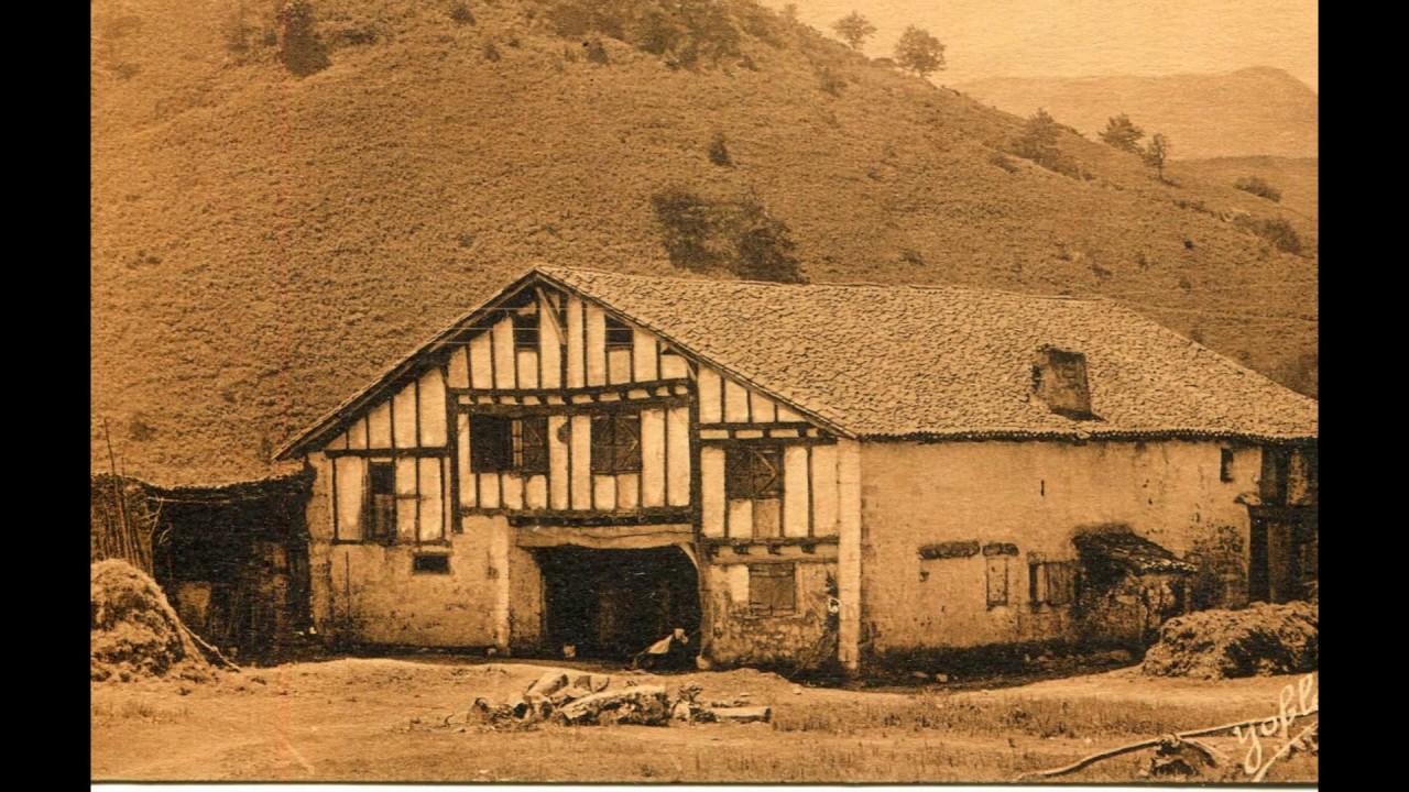 pays basque autrefois etxea la maison basque youtube. Black Bedroom Furniture Sets. Home Design Ideas