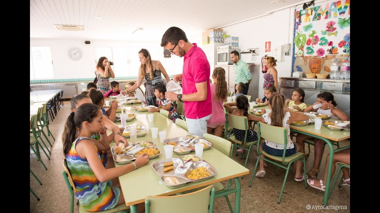 Educación ofrece servicio de comedor gratuito a más 250 niños este ...