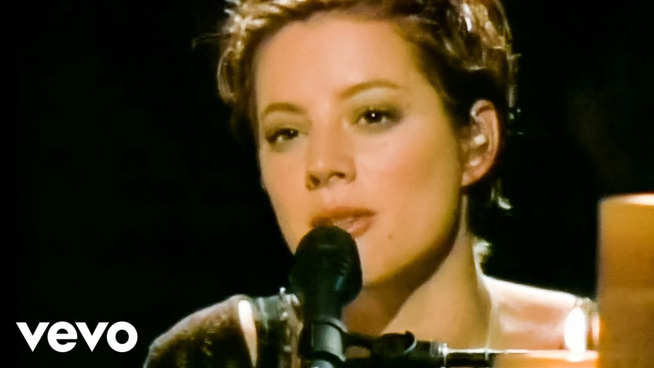 The Official Website of Sarah McLachlan