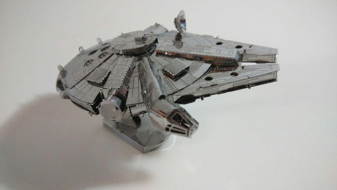 Maqueta de metal 3D  Millennium Falcon Star Wars Halcon Milenario