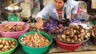 Daily Life In Market, Cambodian Market Street Food, Market In Phnom Penh City